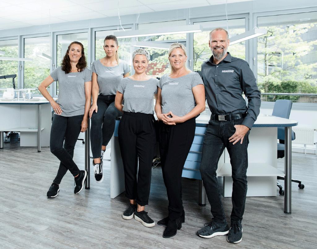 Marcel Unger und sein Team - LebenDich Dentalstudio GmbH